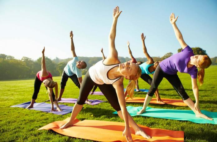 cliomakeup-come-allenarsi-con-il-caldo-6-fitness-aria-aperta