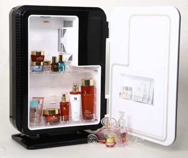 cliomakeup-rimedi-per-dormire-con-il-caldo-prodotti-beauty-in-frigo