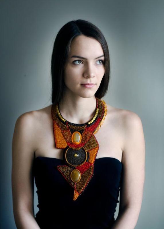 ClioMakeUp-elementi-cultura-africana-15-african-necklace.jpg
