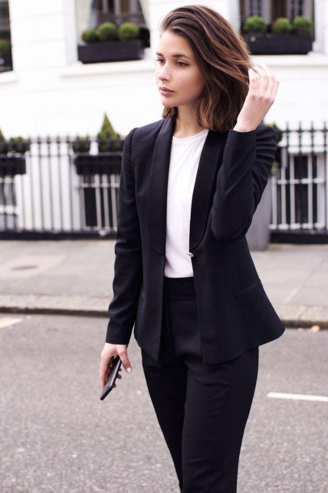 Come vestirsi alla laurea consigli e idee per un look impeccabile dc1de3f1733a