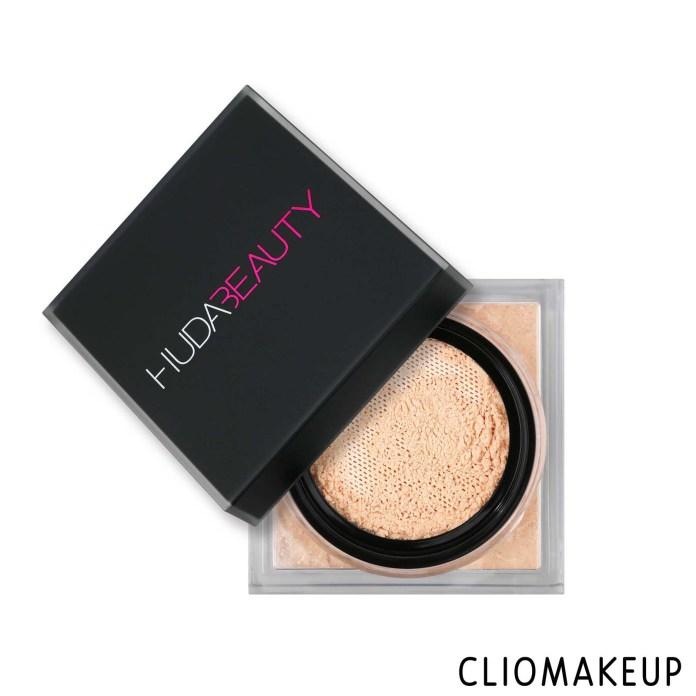 cliomakeup-recensione-cipria-huda-beauty-easy-bake-loose-powder-1