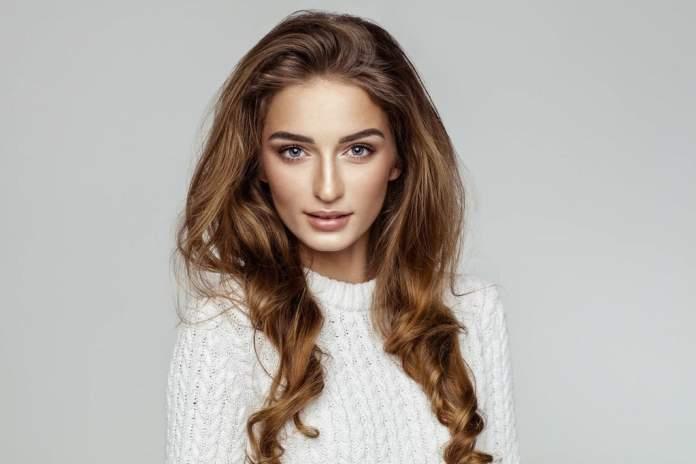 cliomakeup-capelli-honey-brown-copertina