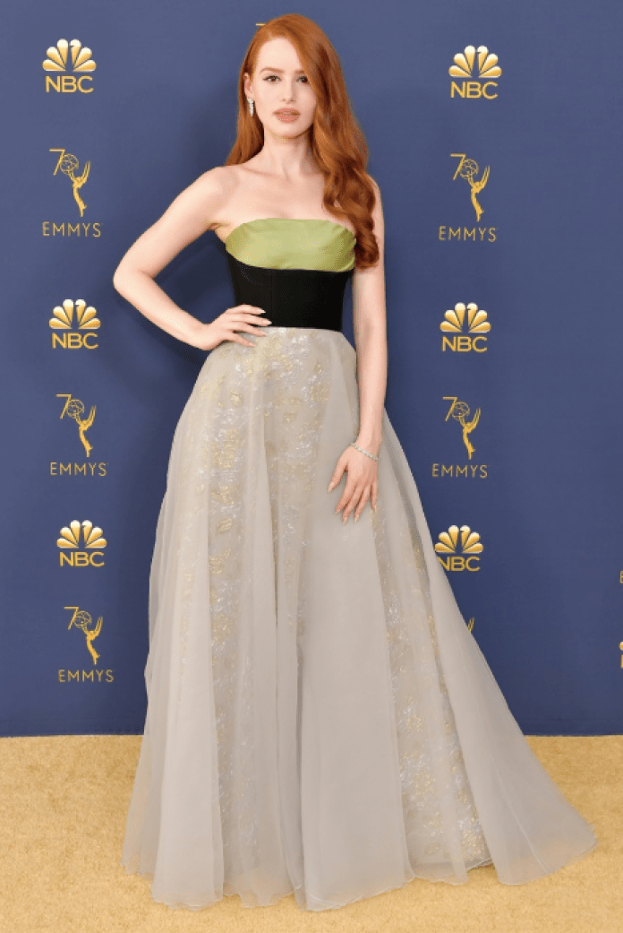 cliomakeup-emmy-awards-2018-8-verde-oro
