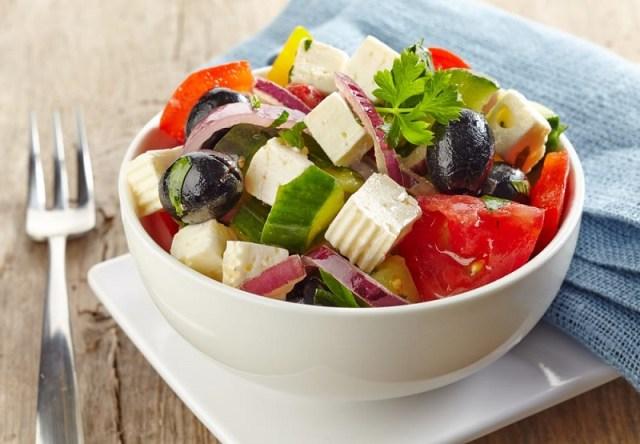 cliomakeup-apericena-insalata-greca-14