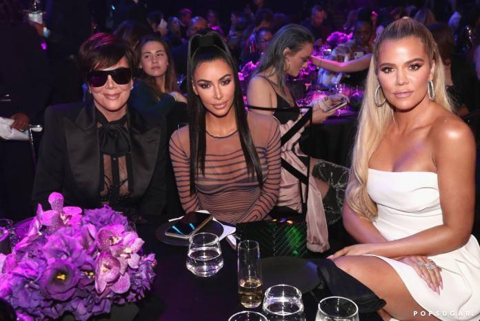 cliomakeup-people-choice-awards-2018-6-famiglia-kardashian
