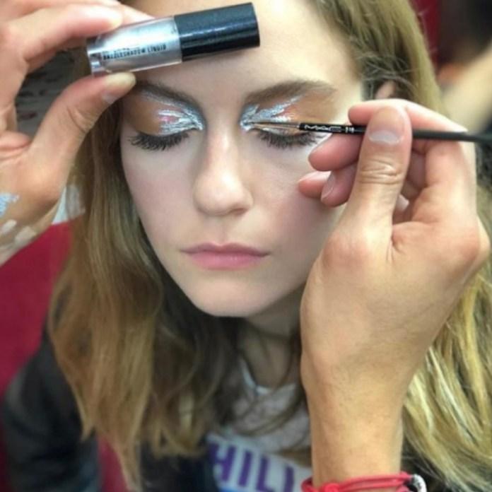 ClioMakeUp-migliori-pennelli-trucco-2018-team-7-eyeliner-brush-mac.jpg