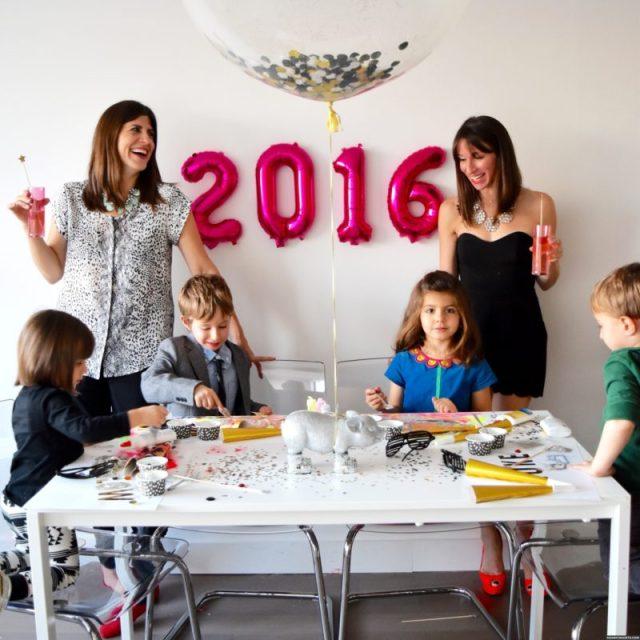 cliomakeup-idee-capodanno-bimbi-tavolo-giochi-bambini