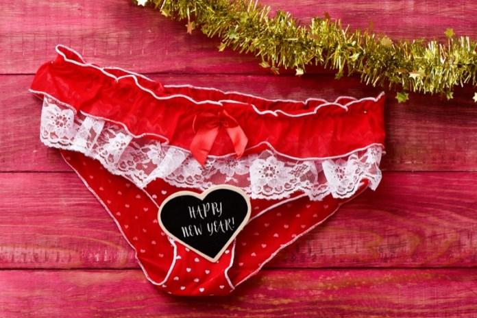 cliomakeup-intimo-rosso-capodanno-5-buon-anno-tradizione.jpg