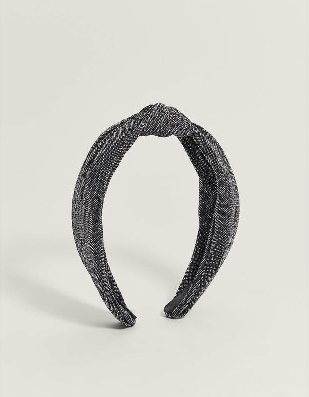 ClioMakeUp-accessori-capelli-capodanno-22-fascia-rigida-filo-lamé-stradivarius.jpg