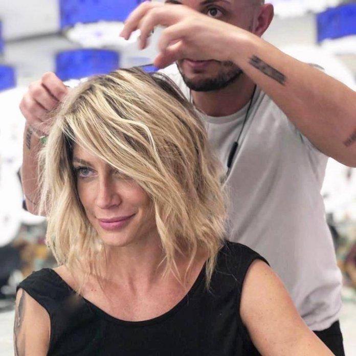 cliomakeup-tendenze-capelli-medi-2019-7-maddalena-corvaglia