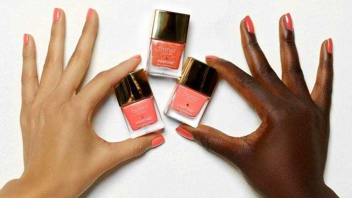 cliomakeup-makeup-living-coral-6-manicure