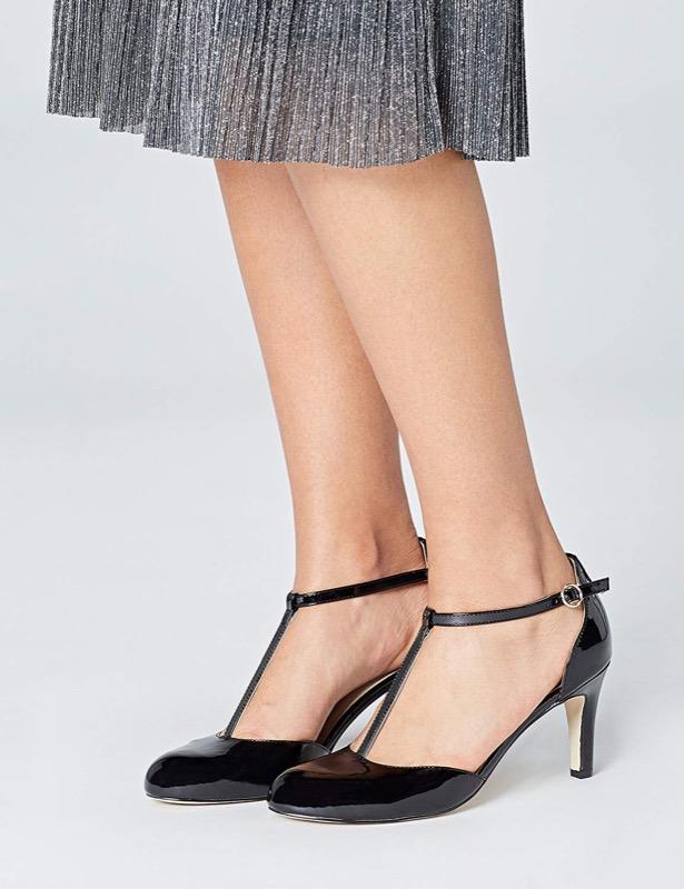 ClioMakeUp-tacchi-comodi-lavoro-20-tacco-basso-scarpe-nere.jpg