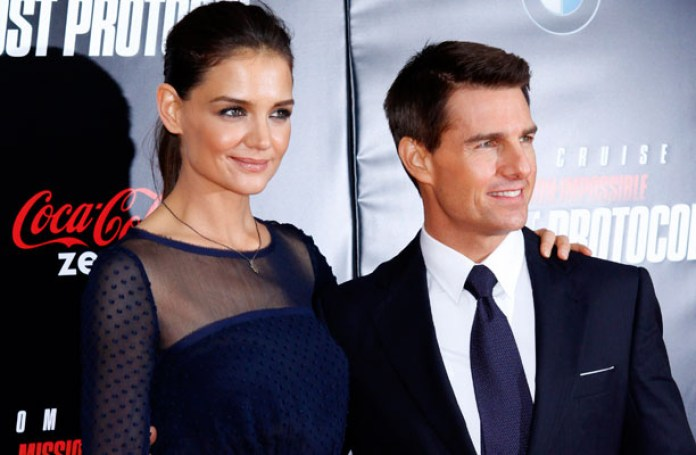 cliomakeup-uomini-famosi-bassi-sexy-3-tom-cruise-katie-holmes