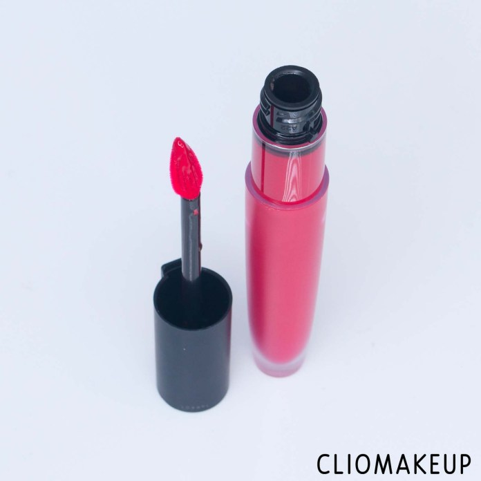 cliomakeup-recensione-rossetti-l'oreal-rouge-signature-lasting-matte-liquid-lipstick-4