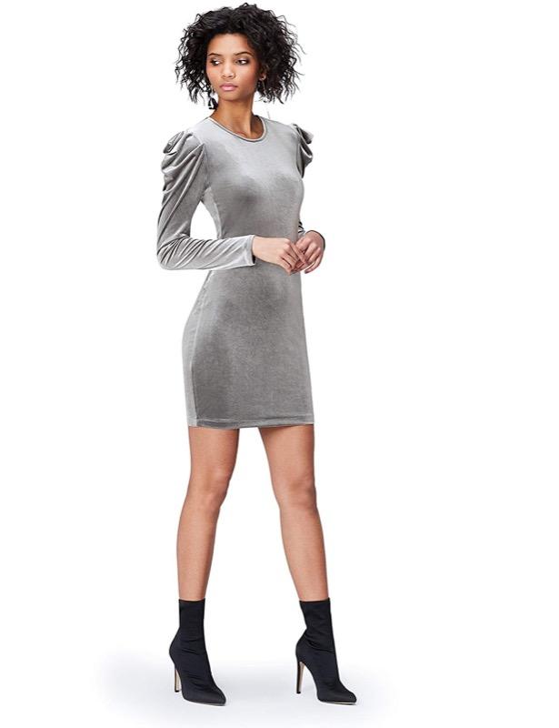 ClioMakeUp-outfit-san-valentino-5-mini-dress-velluto-grigio-find.jpg