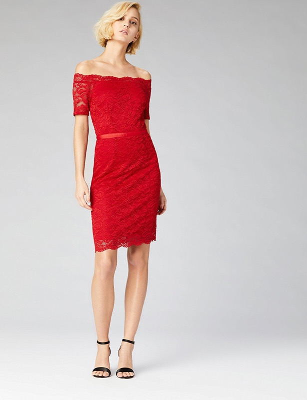 ClioMakeUp-outfit-san-valentino-3-tubino-rosso-pizzo-truth-and-fable.jpg