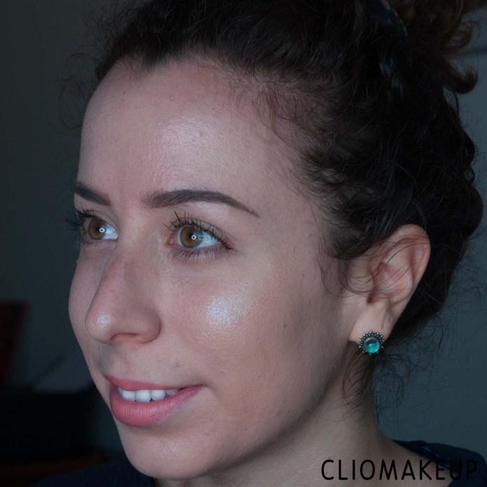 cliomakeup-recensione-illuminante-nyx-a-bit-jelly-gel-illuminator-11