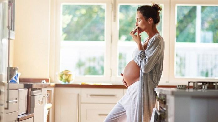 cliomakeup-miti-alimentazione-gravidanza-1