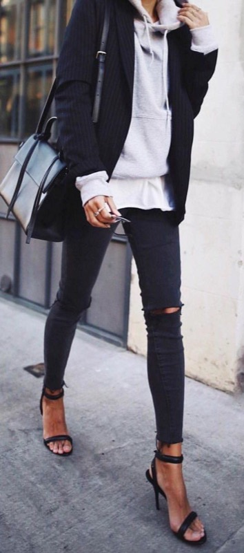 cliomakeup-jeans-neri-sbiaditi-17-strappati