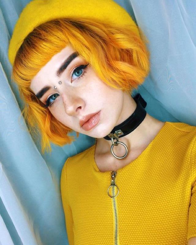 cliomakeup-capelli-mustard-yellow-3-mostarda-bob-frangia
