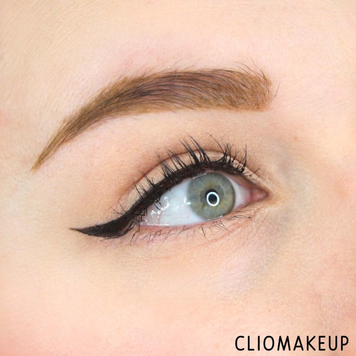 cliomakeup-recensione-eyeliner-essence-superfine-eyeliner-pen-14