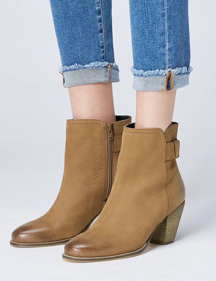 Cliomakeup-scarpe-mezza-stagione-5-stivaletti-donna-beige