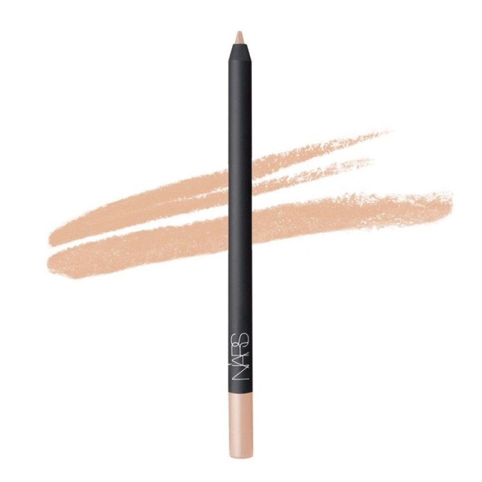 cliomakeup-trucco-allergia-8-nars-eyeliner-chiaro