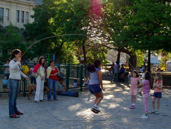 cliomakeup-giochi-all-aperto-saltare-corda