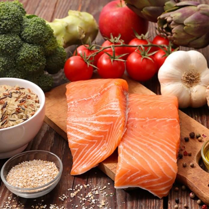 cliomakeup-alimenti-amici-buon-umore-2-dieta-equilibrata