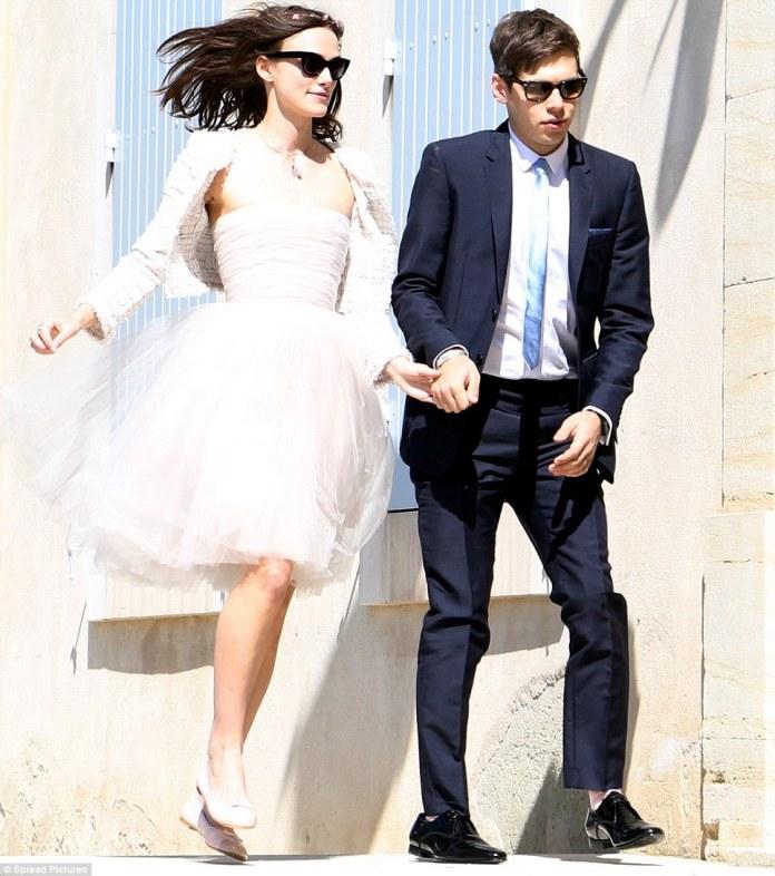 2fb03ce101ba cliomakeup-abiti-sposa-stravaganti-star-4-Keira-Knightley. Gli abiti da  sposa più ...