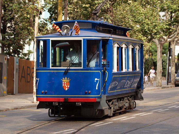 cliomakeup-viaggio-a-barcellona-tramvia-blau