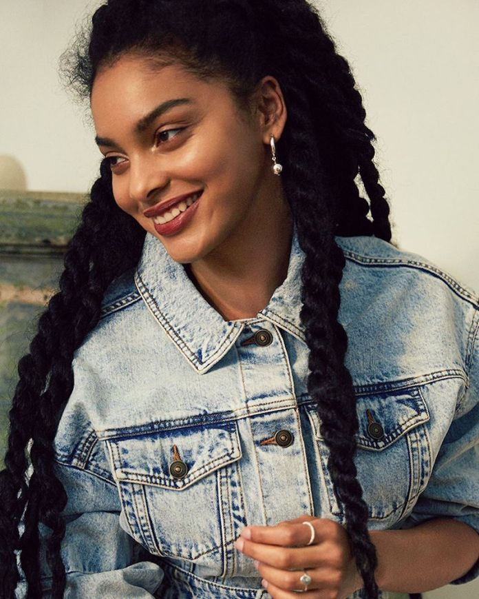 ClioMakeUp-indossare-jeans-13-giacca-denim-black-girl.jpg