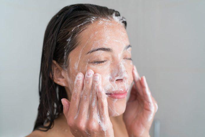 Cliomakeup-prodotti-detersione-viso-1-pulizia-viso