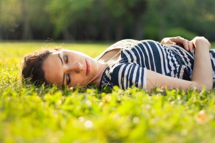 cliomakeup-stanchezza-primaverile-18-pisolino