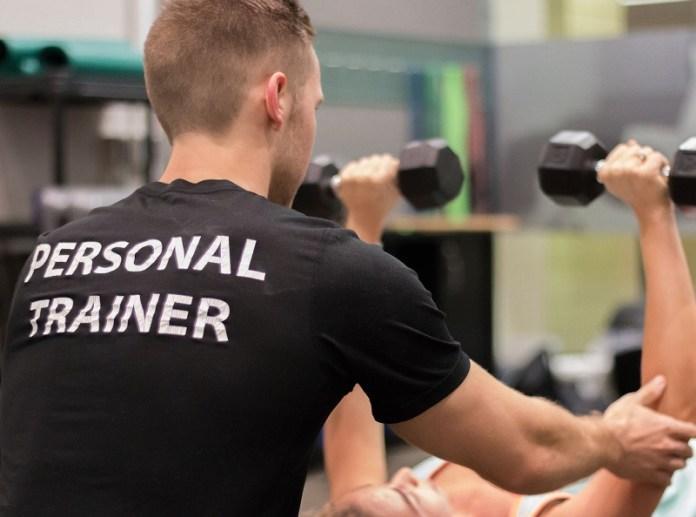 cliomakeup-esercizi-mal-di-schiena-3-personal-trainer