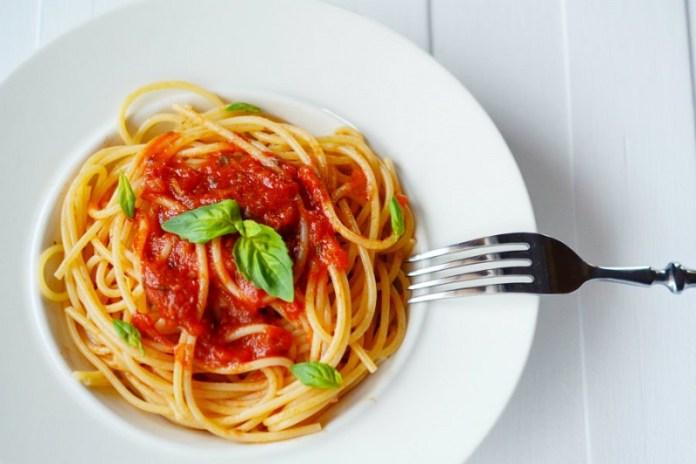 cliomakeup-falsi-miti-3-pasta-pomodoro