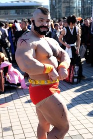 Comiket-89-Anime-Manga-Cosplay-Day-1-65