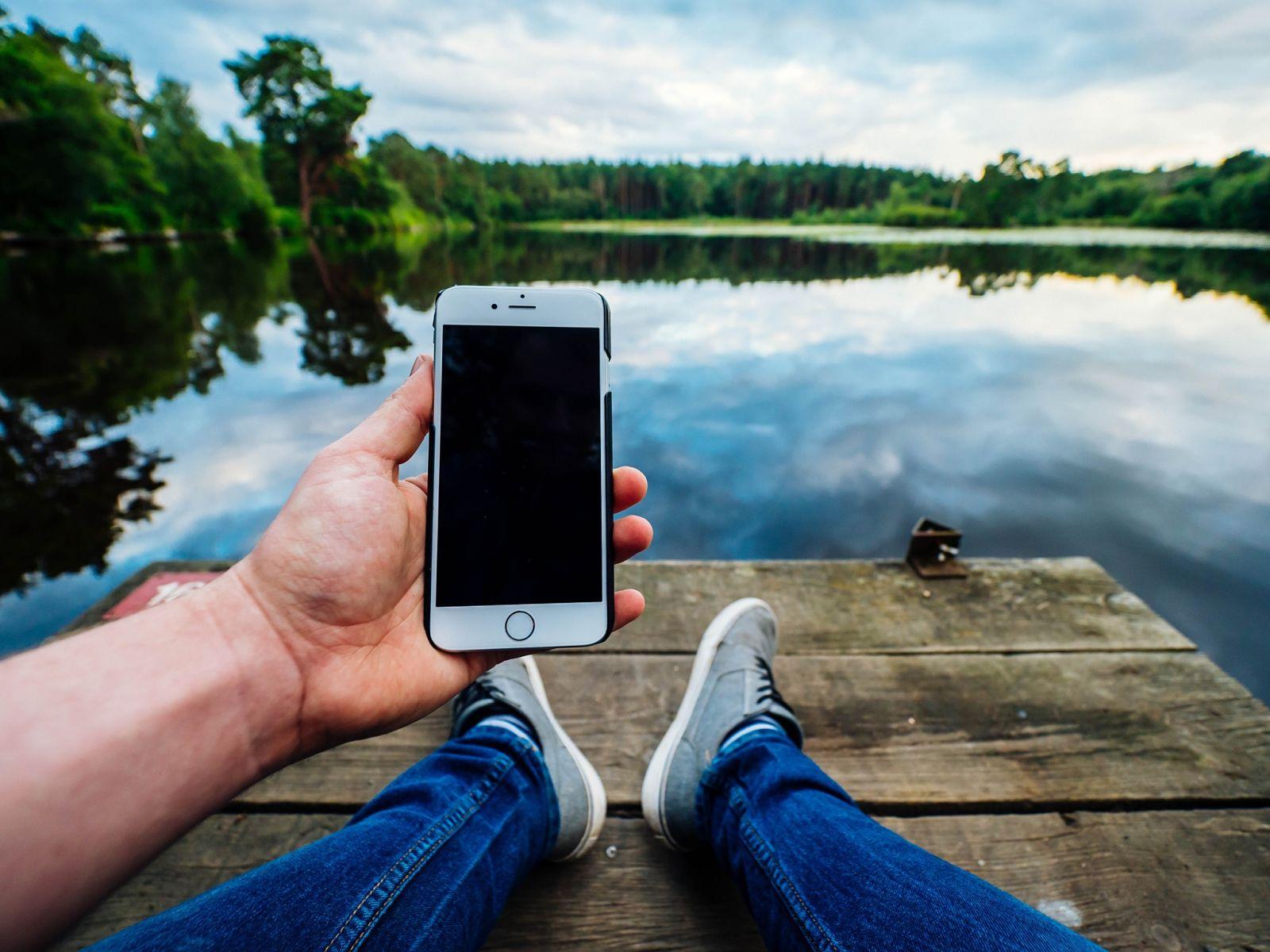 """Protege tu móvil para no gastar """"de más"""" este verano"""