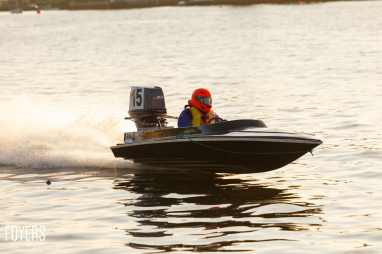 speed boats oulton broad-3659-copyright-Robert Foyers