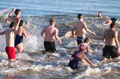 ALdeburgh Boxing Day swim 2016 - 0031 - December 26, 2016 - copyright Foyers Photography