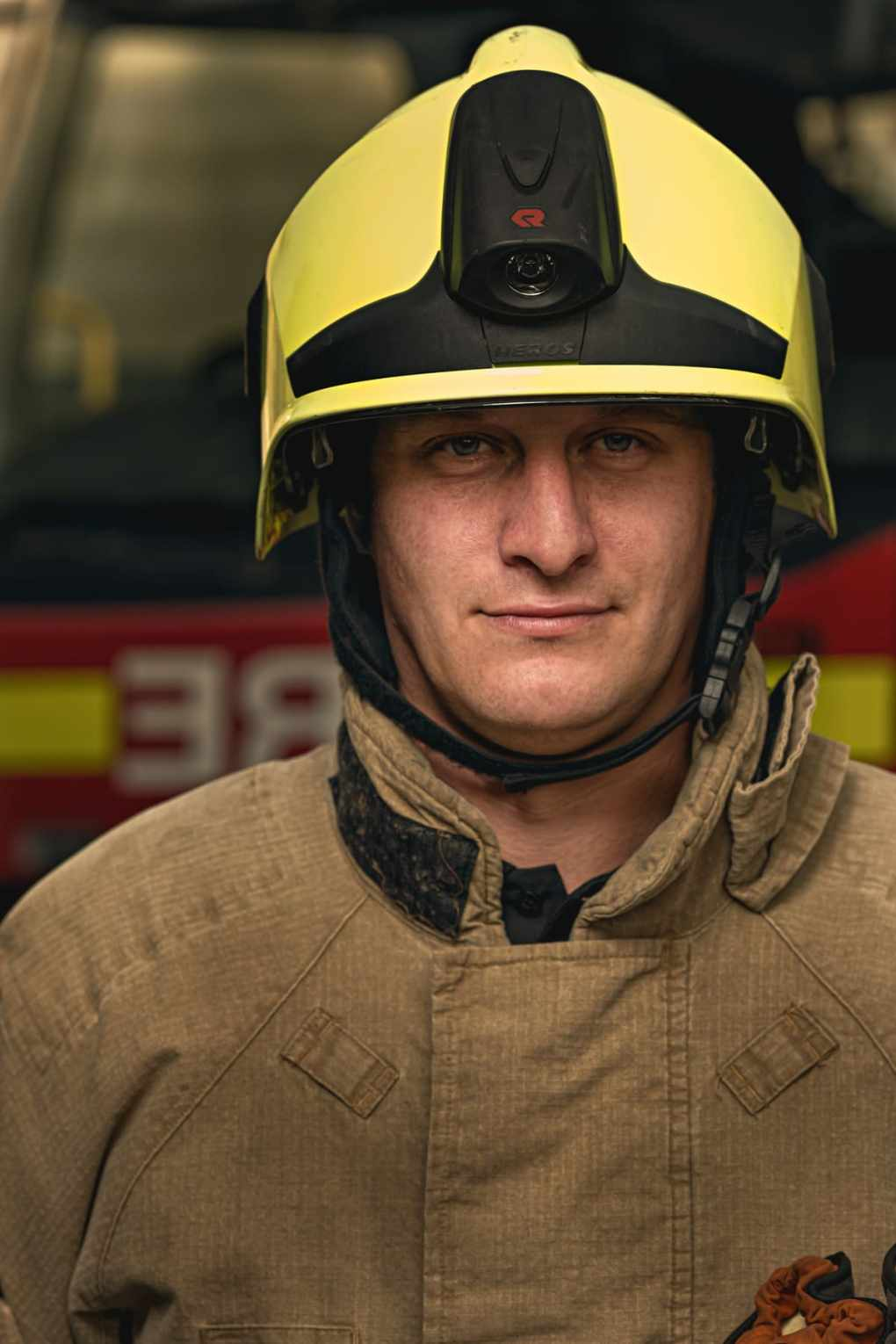 Firefighter Louis Johnson, Site foreman for a groundworks company