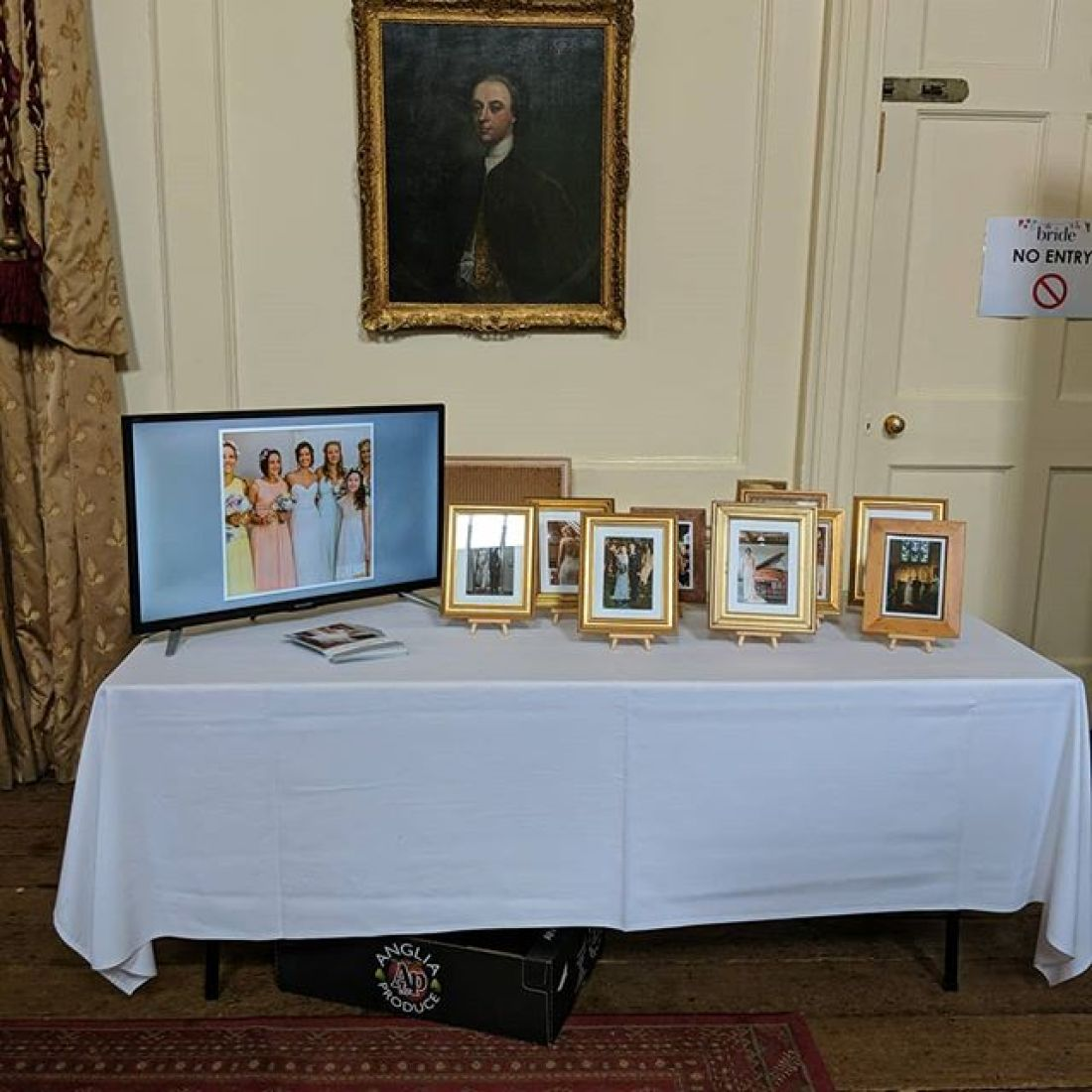 All ready for the wedding show at Hintlesham Hall