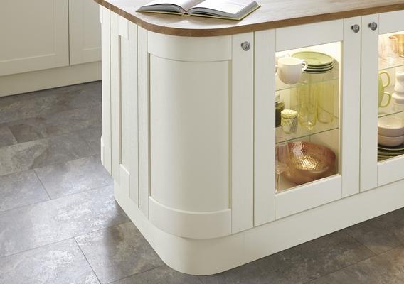 Fairford Antique White Kitchen Shaker Kitchens Howdens Joinery