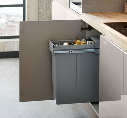 Bayswater Gloss Cashmere Kitchen Howdens Joinery
