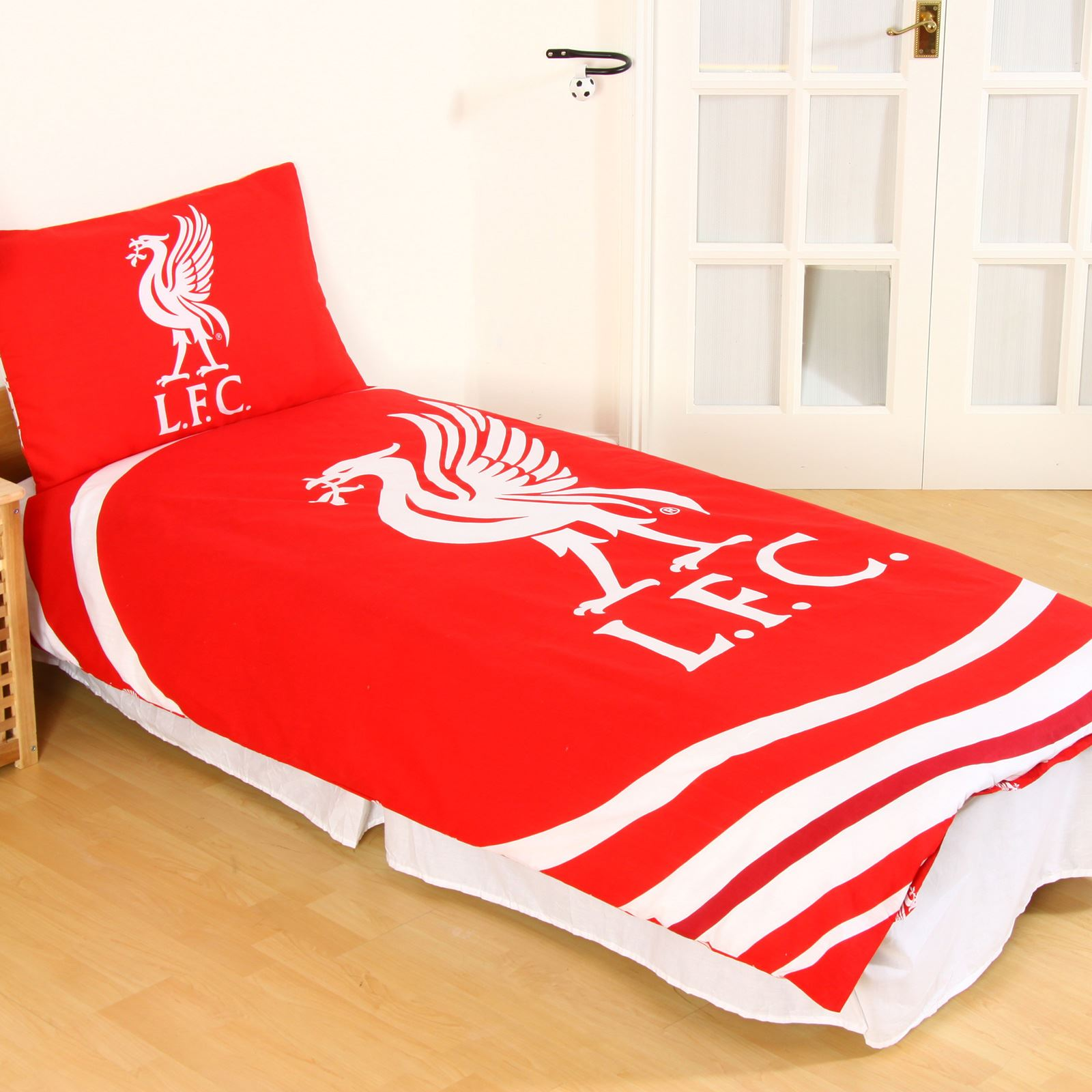 LIVERPOOL FC SINGLE AND DOUBLE DUVET COVER SETS BEDROOM