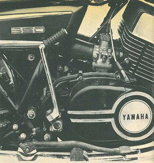 Yamaha RD350 two stroke motorcycle toad test