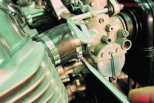Honda CB750K2 motorcycle engine rebuild