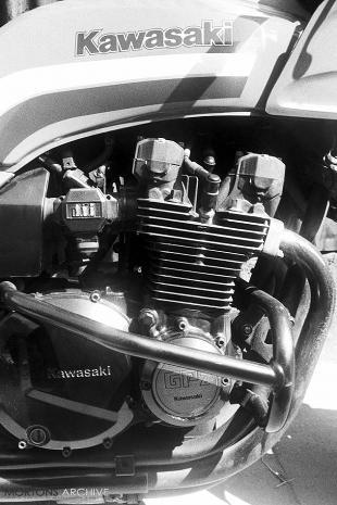 Kawasaki GPZ 1100 road test