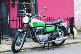 Yamaha XS1 vertical twin classic motorcycle