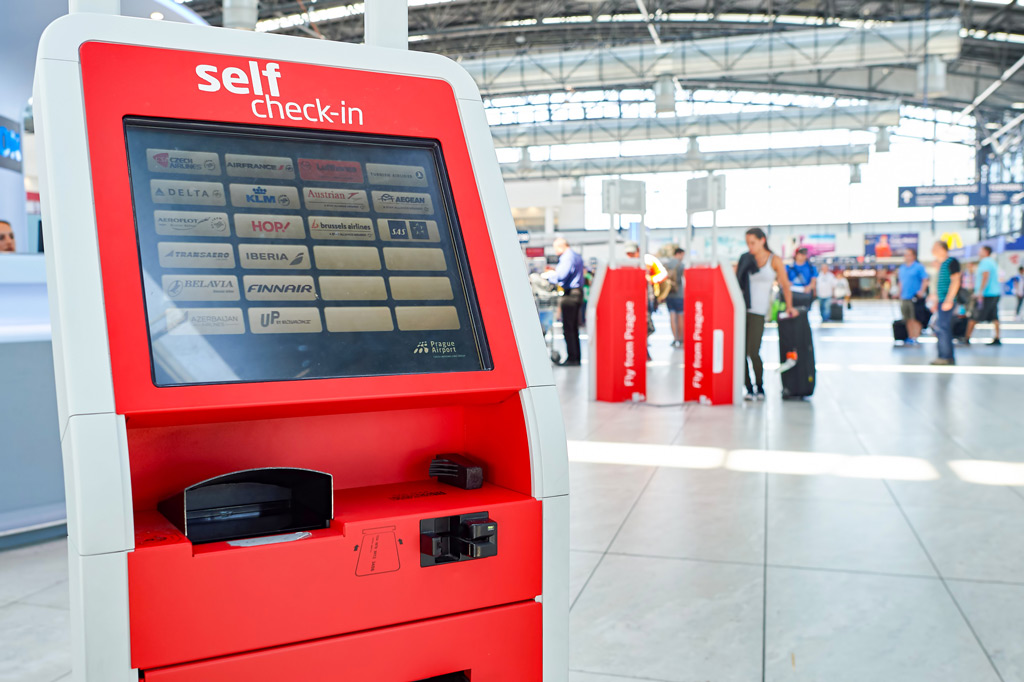 Фото: Внутри международного аэропорта Праги